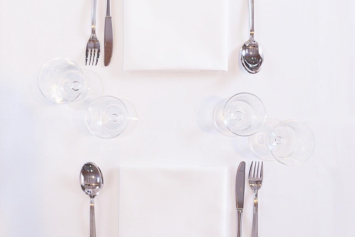 biancheria da tavola e tessile tovaglia apparecchiata