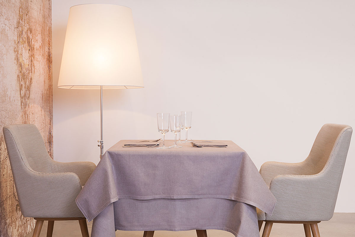 biancheria da tavola e tessile tovaglia rosa